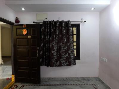 Gallery Cover Image of 1100 Sq.ft 2 BHK Apartment for rent in Kothapet for 11000