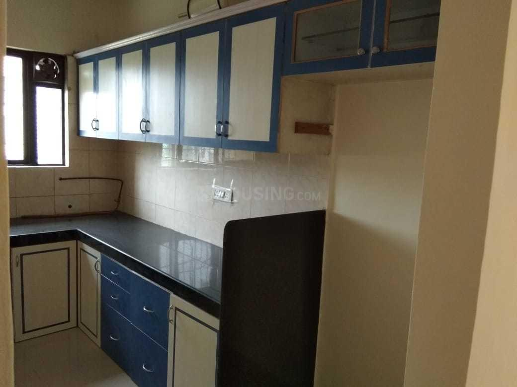 Kitchen Image of 650 Sq.ft 1 BHK Apartment for rent in Kandivali East for 20000