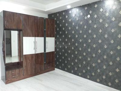 Gallery Cover Image of 1807 Sq.ft 4 BHK Apartment for buy in Kaushambi for 13600000
