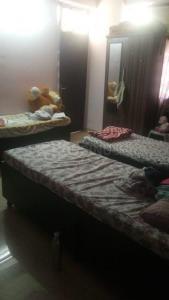 वैशाली में ओम साई गर्ल्स पीजी में बेडरूम की तस्वीर