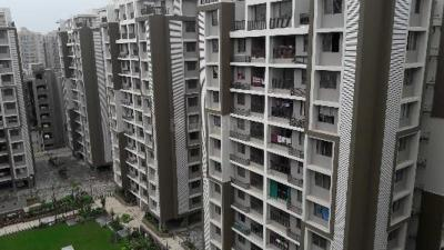 Gallery Cover Image of 1850 Sq.ft 3 BHK Apartment for buy in Sangani Shaligram Lakeview, Khodiyar for 8200000