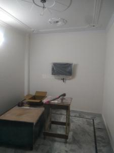 Gallery Cover Image of 450 Sq.ft 1 BHK Independent Floor for rent in Sector 7 Dwarka for 17500