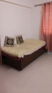 Gallery Cover Image of 1200 Sq.ft 3 BHK Apartment for rent in Hadapsar for 28000