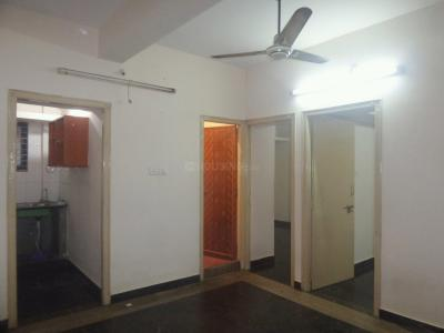 Gallery Cover Image of 800 Sq.ft 2 BHK Apartment for rent in Koramangala for 14000