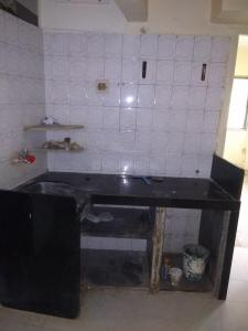 Gallery Cover Image of 650 Sq.ft 2 BHK Apartment for rent in Borivali West for 19000