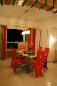 Gallery Cover Image of 2030 Sq.ft 3 BHK Apartment for rent in ShivajiHousing, Gokhalenagar for 55000