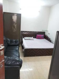 Gallery Cover Image of 630 Sq.ft 1 RK Independent Floor for rent in Sheikh Sarai for 11000