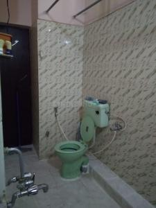 Common Bathroom Image of 1000 Sq.ft 2 BHK Independent House for rent in Shri Nivas by Reputed Builder, Shanti Nagar for 25000