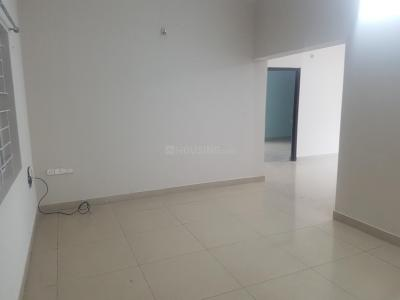 Gallery Cover Image of 1250 Sq.ft 2 BHK Apartment for rent in Giridhari Executive Park, Peeramcheru for 17000