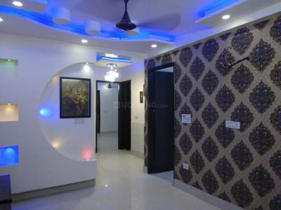 Gallery Cover Image of 738 Sq.ft 3 BHK Independent Floor for rent in Dwarka Mor for 17000