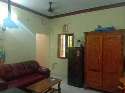 Gallery Cover Image of 850 Sq.ft 2 BHK Apartment for buy in Kattupakkam for 3100000