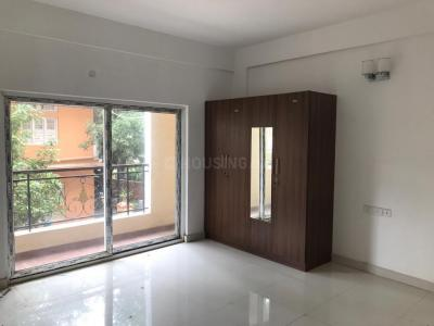 Gallery Cover Image of 1325 Sq.ft 2 BHK Apartment for rent in Embassy Habitat, Vasanth Nagar for 45000