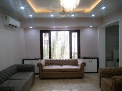 Gallery Cover Image of 2000 Sq.ft 3 BHK Apartment for rent in Paschim Vihar for 60000