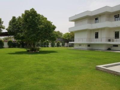 Gallery Cover Image of 3000 Sq.ft 5+ BHK Independent House for rent in Vasant Kunj for 200000
