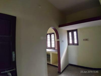 Gallery Cover Image of 800 Sq.ft 1 BHK Independent Floor for rent in Ambattur for 8000