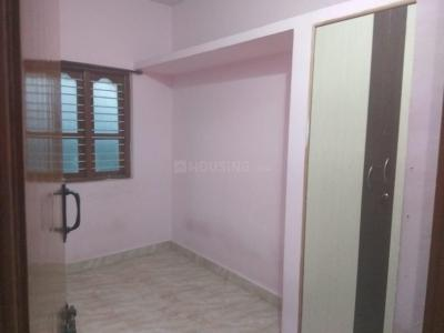 Gallery Cover Image of 400 Sq.ft 1 BHK Independent Floor for rent in Hoodi for 9000