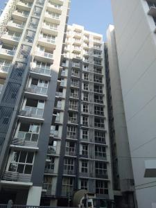 Gallery Cover Image of 1250 Sq.ft 2 BHK Apartment for rent in Omkar Meridia, Kurla West for 52999