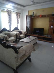 Gallery Cover Image of 1830 Sq.ft 3 BHK Apartment for rent in Bellandur for 45000