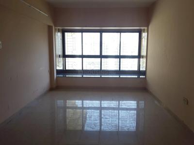 Gallery Cover Image of 725 Sq.ft 2 BHK Apartment for rent in Kandivali East for 25000