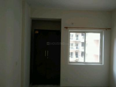 Gallery Cover Image of 1300 Sq.ft 2 BHK Apartment for buy in Kapariwas for 2500000