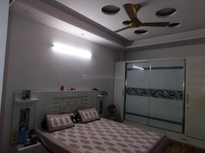 Gallery Cover Image of 1150 Sq.ft 3 BHK Independent Floor for rent in Sector 11 Rohini for 25000