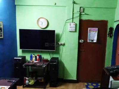 Gallery Cover Image of 350 Sq.ft 1 RK Apartment for buy in Shri Apartment, Thane West for 3300000