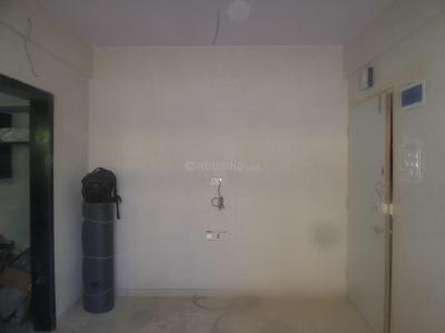 Gallery Cover Image of 390 Sq.ft 1 RK Apartment for rent in Jogeshwari East for 18000