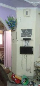 Gallery Cover Image of 450 Sq.ft 1 BHK Independent Floor for rent in Laxmi Nagar for 11000