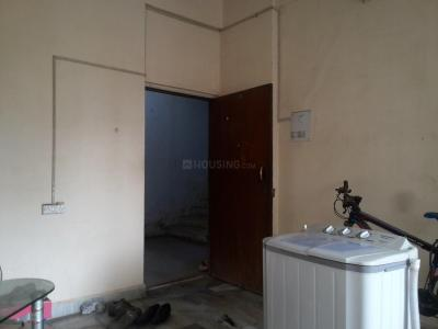 Gallery Cover Image of 850 Sq.ft 2 BHK Apartment for rent in Kandivali East for 21000
