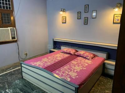 Bedroom Image of Girl PG Single Sharing Room in Malviya Nagar
