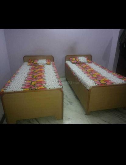 मार्को पीजी इन सेक्टर 18 के बेडरूम की तस्वीर