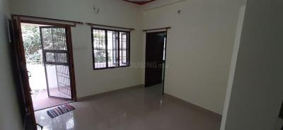 Gallery Cover Image of 750 Sq.ft 1 BHK Independent House for rent in Chitlapakkam for 7500