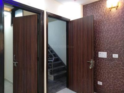 Gallery Cover Image of 500 Sq.ft 2 BHK Apartment for buy in Matiala for 2100000