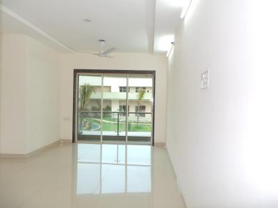 Gallery Cover Image of 1225 Sq.ft 2 BHK Apartment for buy in Thane West for 13000000