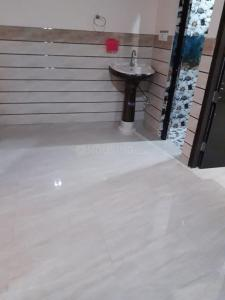 Gallery Cover Image of 620 Sq.ft 2 BHK Independent Floor for rent in New Ashok Nagar for 10200