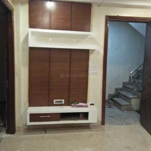Gallery Cover Image of 648 Sq.ft 2 BHK Independent Floor for buy in Shahdara for 4200000