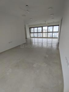 Gallery Cover Image of 1900 Sq.ft 3 BHK Apartment for rent in RNA Grande, Kandivali West for 60000