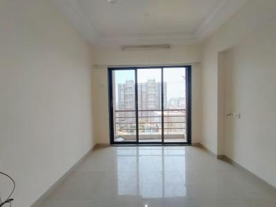 Gallery Cover Image of 650 Sq.ft 1 BHK Apartment for buy in Romell Empress, Borivali West for 9200001