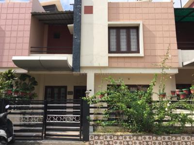 Gallery Cover Image of 2200 Sq.ft 4 BHK Villa for rent in Sarthak Kalindi Mid Town and Kalindi Midtown Annexe, Dudhia for 17000