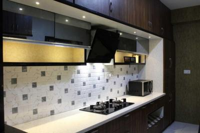 Gallery Cover Image of 2300 Sq.ft 3 BHK Apartment for rent in Adugodi for 70000