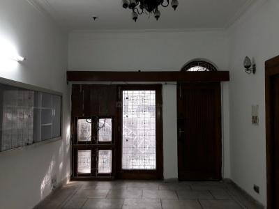 Gallery Cover Image of 650 Sq.ft 1 BHK Independent Floor for rent in Paschim Vihar for 15000