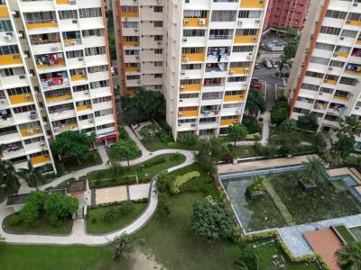 Gallery Cover Image of 850 Sq.ft 2 BHK Apartment for rent in Bengal Akankha, New Town for 13000
