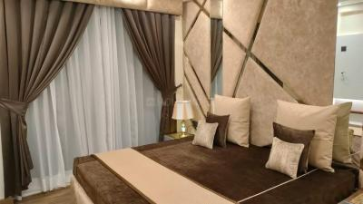Gallery Cover Image of 950 Sq.ft 2 BHK Apartment for buy in Sikka Kaamna Greens, Sector 143 for 4940000