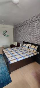 Gallery Cover Image of 495 Sq.ft 1 RK Apartment for buy in Sector 100 for 1620000