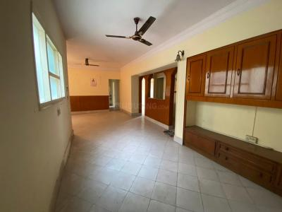 Gallery Cover Image of 1200 Sq.ft 2 BHK Apartment for rent in Punjabi Bagh Apartments, Punjabi Bagh for 25000