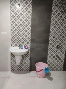 हिंजेवाड़ी में क्लाउड के बाथरूम की तस्वीर