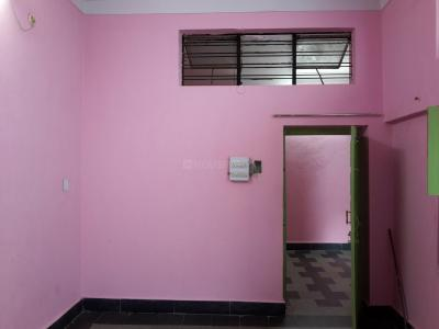Gallery Cover Image of 900 Sq.ft 1 BHK Independent House for rent in Kabutar Khana for 12000