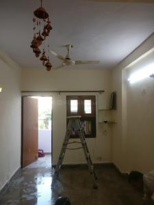 Gallery Cover Image of 720 Sq.ft 2 BHK Independent Floor for rent in Vikaspuri for 21000
