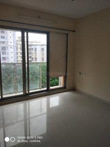 Gallery Cover Image of 650 Sq.ft 1 BHK Apartment for rent in Malad West for 28000