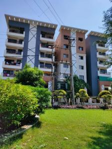 Gallery Cover Image of 878 Sq.ft 2 BHK Apartment for buy in Rau for 1931600